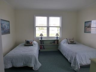 Monument Beach house photo - Kids Bedroom - bed on right is a trundle