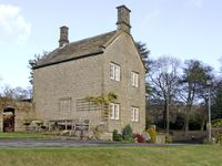 UNDERBANK HALL COTTAGE, pet friendly in Stocksbridge, Ref 3839