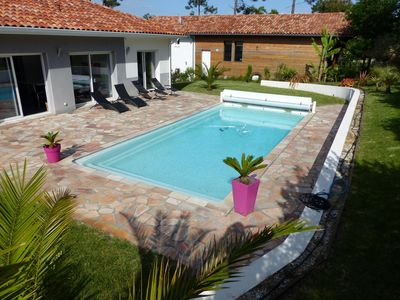 Modern villa with pool for 8 persons. Very nice amenities.