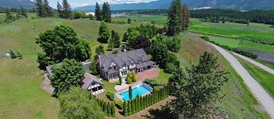 Private Pool Estate, Country Home, Wine Tour, Okanagan Lake