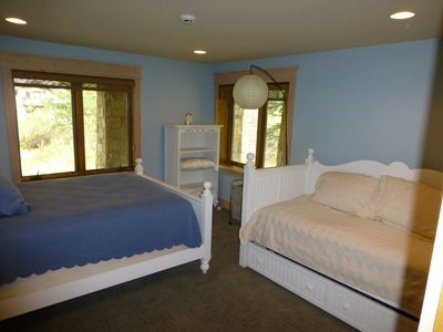 Vail house rental - Third Bedroom with Queen and Trundle Beds