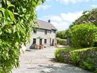 INGLENOOK COTTAGE, family friendly in Falmouth, Ref 7009
