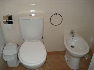 Fully equipped Bathrooom