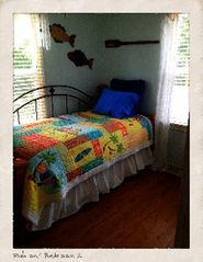Fort Myers Beach cottage photo - Bedroom 2 with trundle
