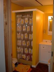 Glenwood cabin photo - kids bathroom