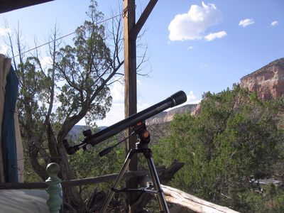 Celestron 21061 AstroMaster 70 AZ Refractor Telescope, with Starfinder scope