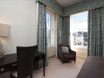 Edinburgh APARTMENT Rental Picture