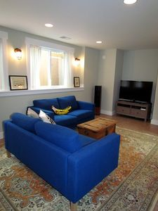 Lower Level Family Room with Flat Screen TV/DVD/Blu-ray