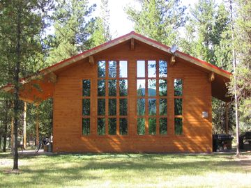 Seeley Lake house rental - Windows inviting the morning sun