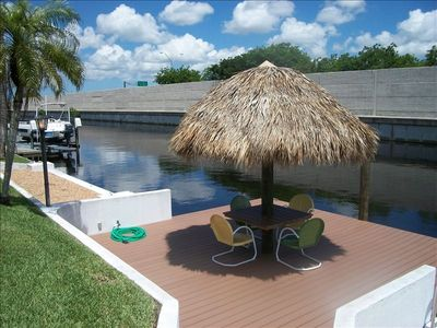 Water Front-New Boat Dock-Tiki Hut Bar-Dock Your Boat
