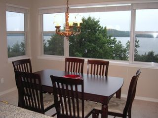 Branson condo photo - Wonderful picture windows to dine by.