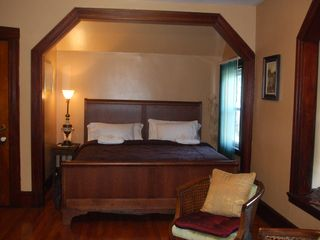 master king size sleigh bed - Boston apartment vacation rental photo