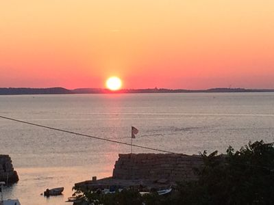 Ocean View Suite Overlooking Lanes Cove and Ipswich Bay - BEST SUNSETS ANYWHERE!