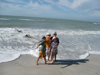 Madeira Beach condo photo - Kids love it here!