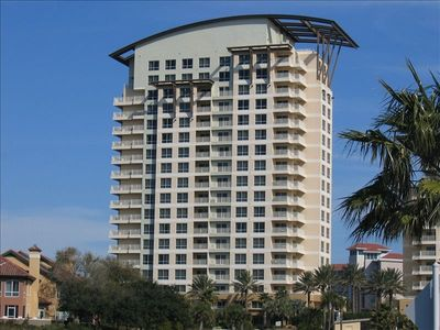 Luau is the newest beachside property in Sandestin Resort.
