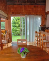 Chilmark cottage photo - Dining Room and Breakfast Counter
