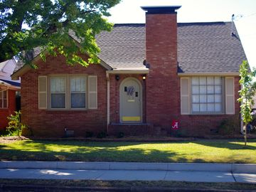 Tuscaloosa house rental - A cozy place to spend time together with friends and family!