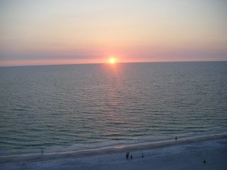 Another clear sunset - Indian Rocks Beach condo vacation rental photo