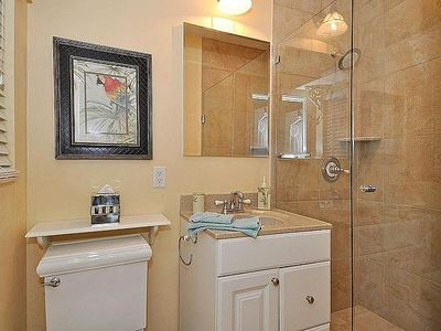 Fort Lauderdale house rental - Master Bathroom