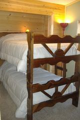 Birchwood cabin photo - Bunk beds