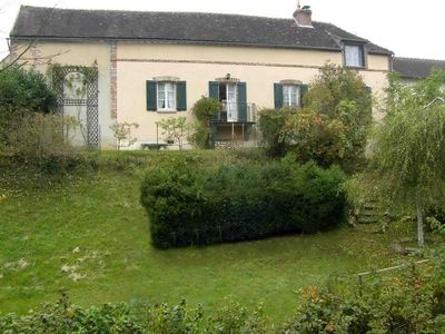 Peaceful house, with terrace , Villeneuve-sur-yonne, Bourgogne