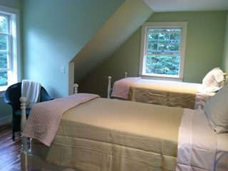 Mount Desert cottage photo - Upstairs bedroom for two