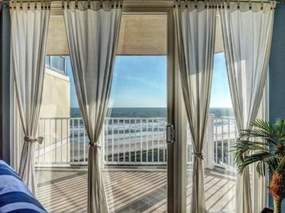 Listed For 2017!!! Top Floor Oceanfront Retreat - Perfect For Families!