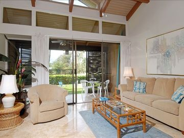 Kahuku - Turtle Bay condo rental - Living room with comfortable Lazy Boy furniture.