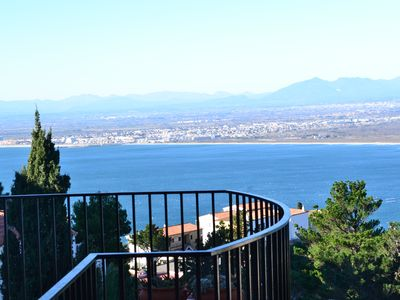3 BEDROOMS PANORAMIC SEA, MOUNTAIN AND LARGE 75M2 SOLARIUM TERRACE