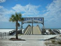 2 Bedroom Townhouse in Mexico Beach ~ Beachside of HWY 98