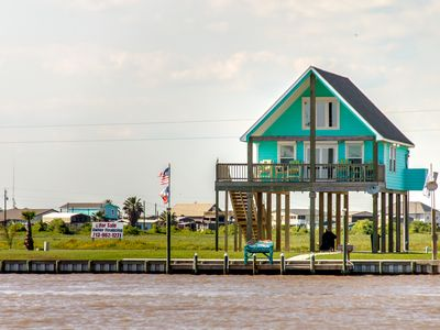 **BayDream-Inn** On the ICW with the BEST Panoramic Views of ICW and Gulf!