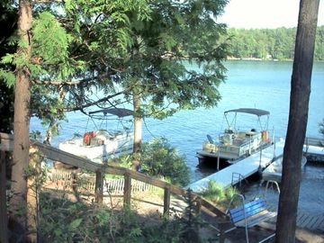 Buckles Dock and Rental Pontoon Boats.