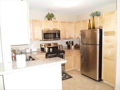 New  Granite Counter tops, Stainless Steel Appliances and fully equipped kitchen