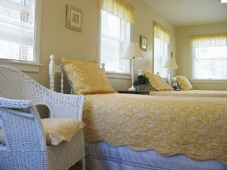 Surfside Nantucket house photo - Bedroom with 3 twin beds
