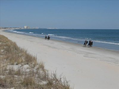 Wide sandy beaches with awesome views, ocean breezes, and peaceful surroundings