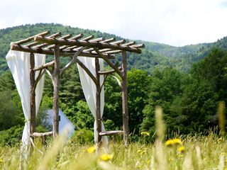 Sheffield house photo - Wedding arbor