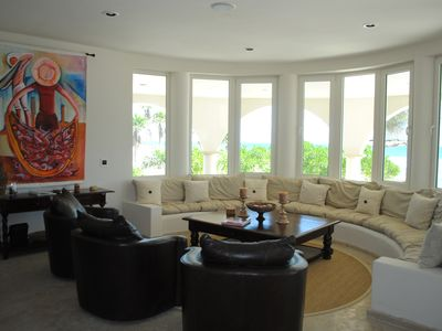 Great Living Area with Amazing Ocean Views