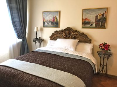 The larger bedroom can be configured with a comfortable queen sized bed. A/C too
