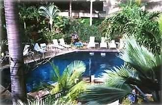 Tropical Complex Pool Setting