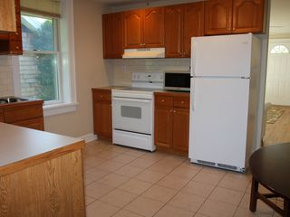 Bridgehampton cottage photo - Large fully equipped kitchen
