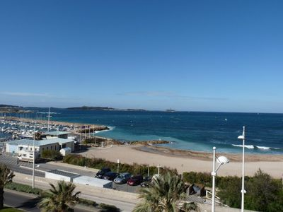 (CM 133) -Very nice T3 stunning sea views located in The Domain Coudouliere SIX-FOURS BEACHES.