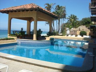 Puerto Vallarta villa photo - Beach-front swimming pool