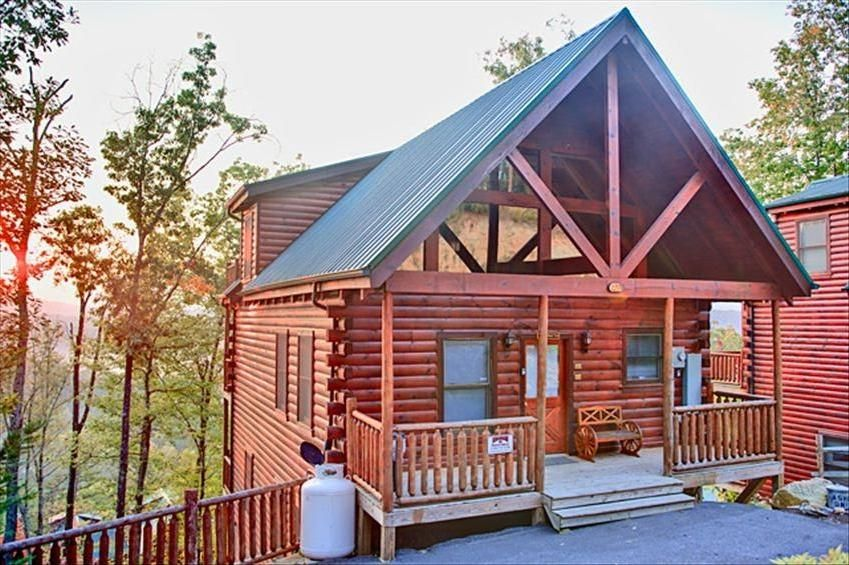 4 Bedroom 3bathroom Pigeon Forge Cabin Vrbo