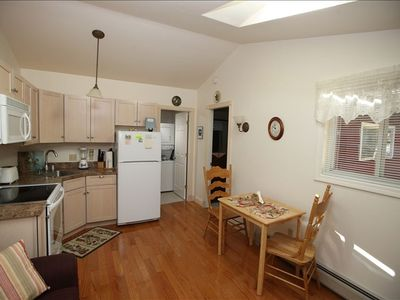 Hulls Cove apartment rental - Kitchen/dining area