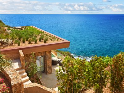 Villa Vij Clf - Romantic Cliff Side, 1-Bedroom Suite With Plunge-Pool And Sea View