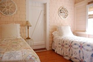 Siasconset house photo - Twin Bedroom