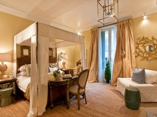 8th Arrondissement Champs Elysees apartment photo - Double En-suite