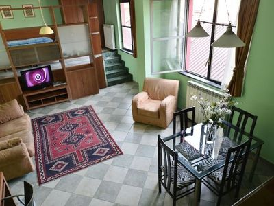 Ajraghi IV - Inside: spacious and authentic