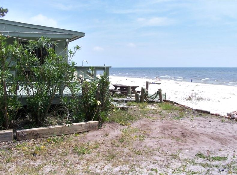 Carrabelle beach vacation rentals at home on the beach vacation home design idea - Vacation houses at the seaside ...