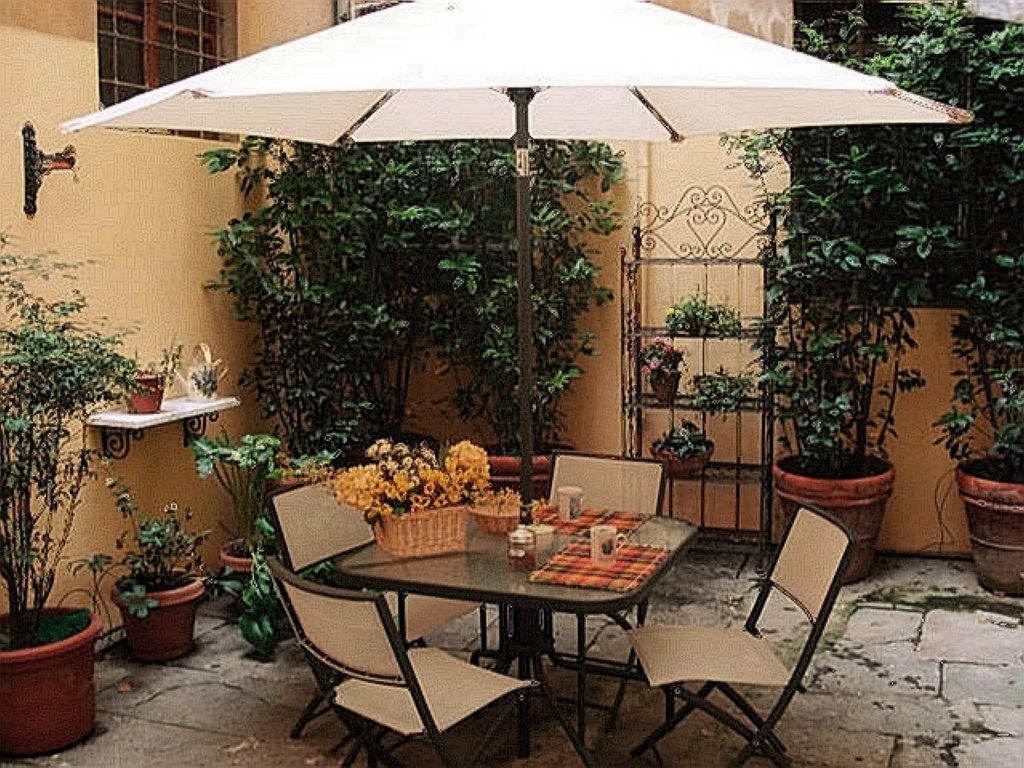 FLORENCE HISTORIC CENTER, APARTMENT WITH PRIVATE COURTYAR, WI-FI - Florence - appartement